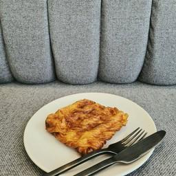 Croissant waffle