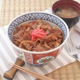 ข้าวหน้าเนื้อญี่ปุ่น [ร้านซาโตด้ง]