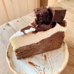 Brownie Capri Cake