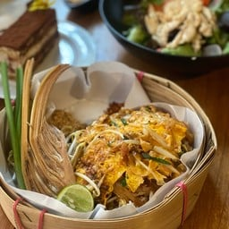 ผัดไทยกุ้ง (89฿)