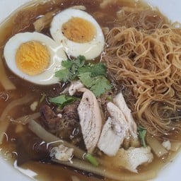 เจ๊ยู้(เจ้าเก่า)กระเพาะปลา อาหารจีนชัยนาท