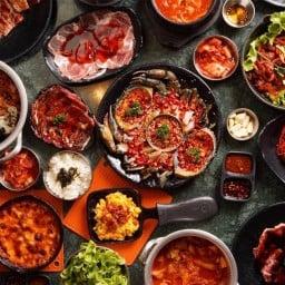 Nice Two Meat U Zpell @Future Park Rangsit
