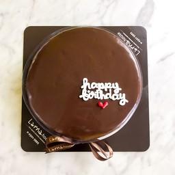 ลาร์นาเค้ก ช็อคโกแล็ตหน้านิ่ม ขนาด 1 ปอน
