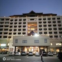 โรงแรมแพร่นครา