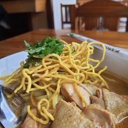 Thapae Noodle Bar