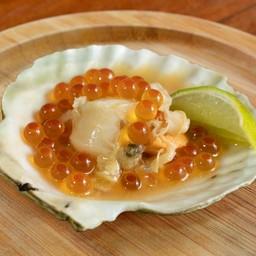 หอยเชลล์ย่างไข่ปลาแซลมอน 1p