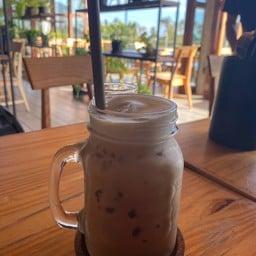 Mojo Cafe & Bistro