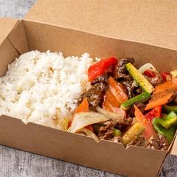 เนื้อผัดซอสพริกไทยดำ