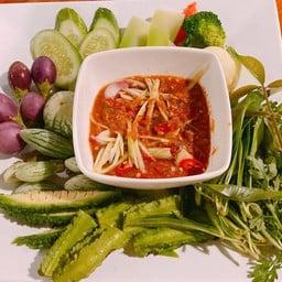 น้ำพริกมะม่วง สาระพัดผักสด