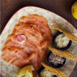 ปลาแซลมอนแทสมาเนียนรมควัน