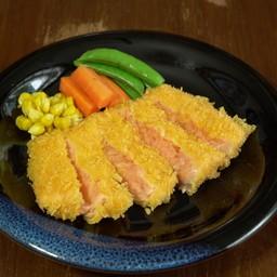 ปลาแซลมอนชุปแป้งทอด