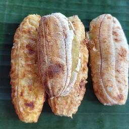 กล้วยปิ้งป้าวี หน้าเมรุวัดคูยาง