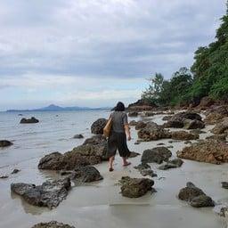Stone Beach เกาะลิบง