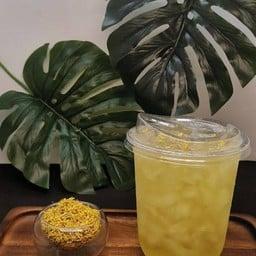 ชาหอมหมื่นลี้ มีสรรพคุณช่วยบำรุงปอดและช่วยคลายเครียดด้วยกลิ่นหอมจากชาดอกไม้