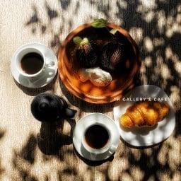 TH Gallery & Caffe' Chicco d'Oro