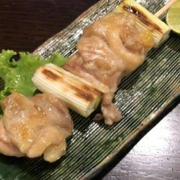 สะโพกไก่ย่างหอมญี่ปุ่น