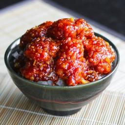 ซื้อ 1 แถม 1 ข้าวไก่กรอบซอสเกาหลี