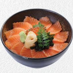 ข้าวหน้าปลาแซลมอน + ไข่ปลาแซลมอน