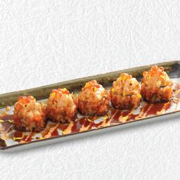 ข้าวห่อสาหร่ายหอยเซลล์คลุกซอสพริก