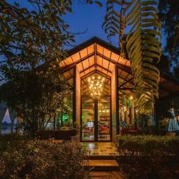 Mango House Cafe
