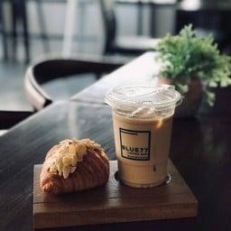 Mongni cafe Mukdahan (หม่องนี่คาเฟ่มุกดาหาร) มุกดาหาร