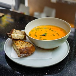 Tomatoes Soup & Grilled Cheese