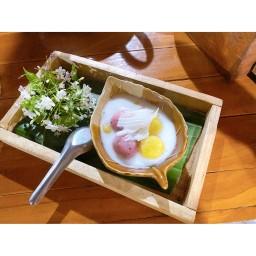 ขนมโคไส้มะพร้าวห้าวและไข่เค