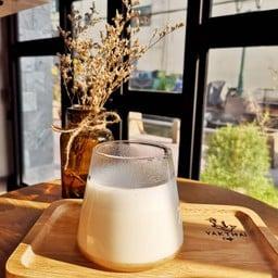 yakthai cafe