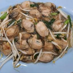 หอยนางรมผัดซอส