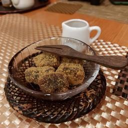 caramel warabi mochi