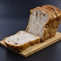 98B.Yudane Walnut Bread