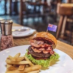 NZ Bacon Burger