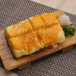 Fuwafuwa Dashimaki Tamago Topped with Uni Sauce