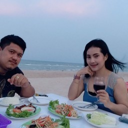 Beach Family Massage Food & Drink