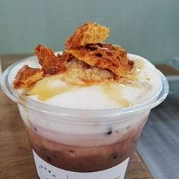 ช็อคโกแลตเย็น+honeycomb+ตุ๊บตั๊บ+น้ำผึ้ง