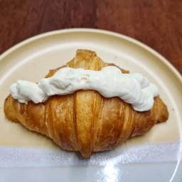 Milk Cream Croissant