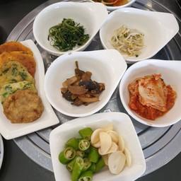 Koreana Restaurant 코리아나