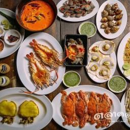 ตลาดล่าง ซีฟู้ด อาหารทะเล