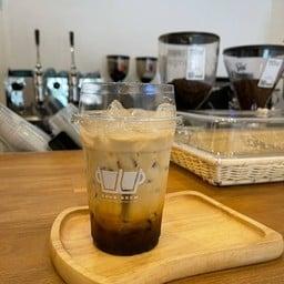 DOUB BREW COFFEE STUDIO