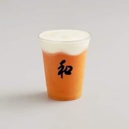 มีส่วนผสมของ แตงโม สัปปะรด มะม่วง น้ำส้มและน้ำมะนาว