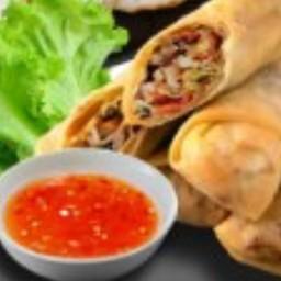 ปอเปี๊ยะ ไส้ผักเจ็ดเซียน (3 ชิ้น)
