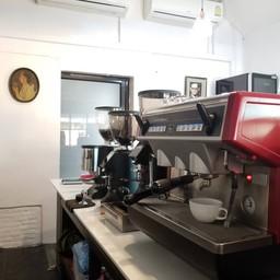 De WHITE HOUSE coffee&bakery