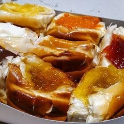 ขนมปังปิ้งไส้ทะลักสูตรเยาวราช-อยุธยา