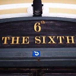 The Sixth ท่าเตียน ท่าเตียน