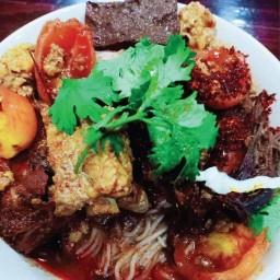 ลำแต้ ขนมจีนน้ำเงี้ยว อาหารเหนือ อาหารตามสั่ง