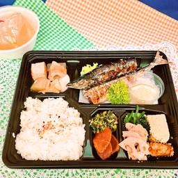 SANMA SHIOYAKI Set meal ชุดปลาซัมมะย่าง เกลือ