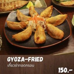 Gyoza fried set (เซ็ทเกี๊ยวซ่าทอด)