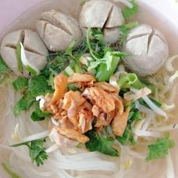 ข้าวมันไก่พระนคร ตรงข้ามธนาคารกรุงไทย