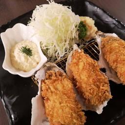 หอยนางรมฮิโรชิมะชุบแป้งทอด 3 ตัว