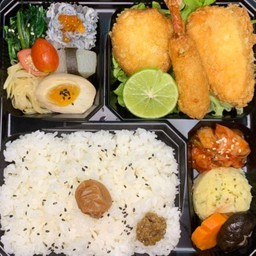 Mix seafood fly bento(海鮮ミックス弁当)